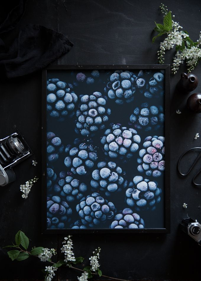 Lomelinos prints and props